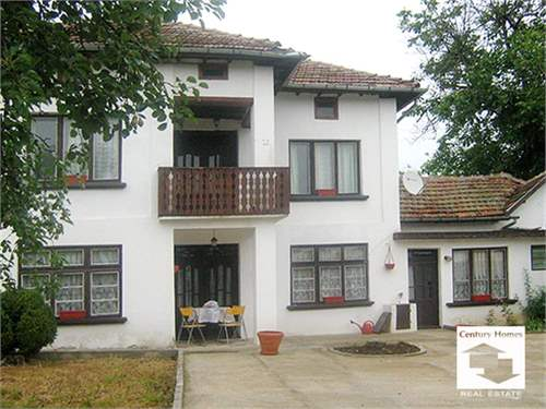 Recently renovated 4-bedroom house – ID: 6529164