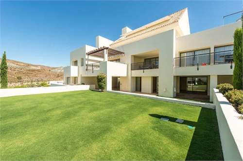 # 8409025 - £273,380 - 3 Bed Flat, Benahavis, Malaga, Andalucia, Spain