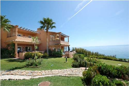 # 8465215 - £312,640 - 3 Bed Townhouse, Estepona, Malaga, Andalucia, Spain