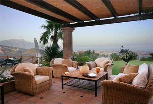 # 8465219 - £2,273,160 - 3 Bed Character Property, Benahavis, Malaga, Andalucia, Spain