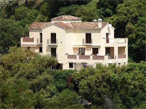 # 8465223 - £793,610 - 5 Bed Villa, Benahavis, Malaga, Andalucia, Spain