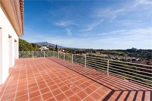# 8703453 - £787,540 - 6 Bed Villa, Benahavis, Malaga, Andalucia, Spain