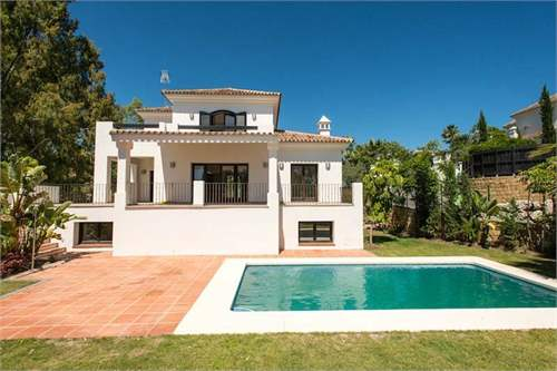 # 8901778 - £770,840 - 4 Bed Villa, Benahavis, Malaga, Andalucia, Spain