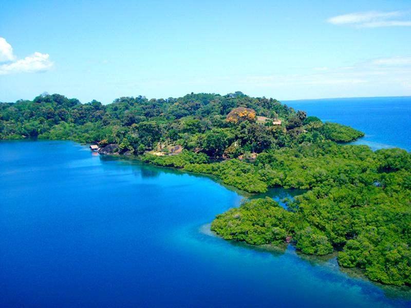 Bocas Del Toro Panama Resorts: Hotel For Sale In Isla Pastores, Bocas Del Toro, Panama