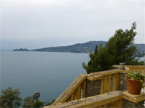 # 10041536 - £3,338,160 - 7 Bed Mansion, Zoagli, Genoa, Liguria, Italy