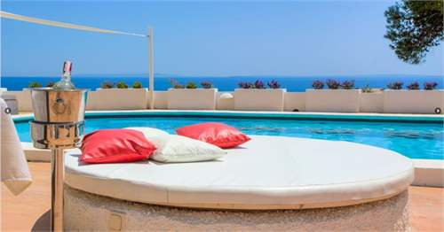 # 17067786 - £1,219,750 - 6 Bed Villa, Balearic Islands, Spain