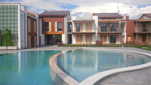 # 3037184 - From £297,360 to £550,130 - 2 Bed New Development, Peschiera del Garda, Verona, Veneto, Italy