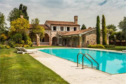 # 9142966 - £1,543,430 - 3 Bed Country Estate, Dolo, Venice, Veneto, Italy