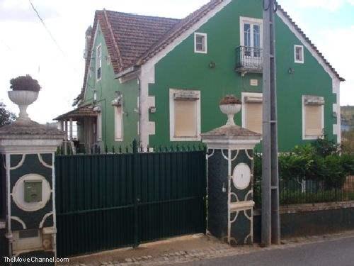 # 1319587 - £437,140 - Villa, Caldas da Rainha, Leiria region, Portugal