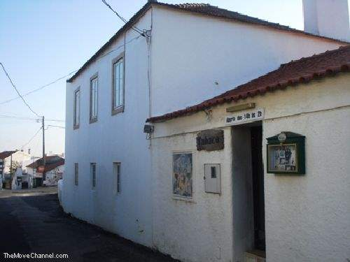Portuguese Real Estate #1323054 - £183,954 - Restaurant