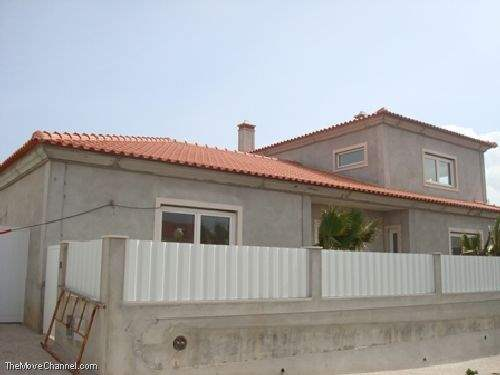 Portuguese Real Estate #1350362 - &pound;223,944 - 3 Bedroom House