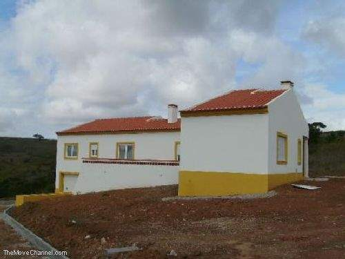 Portuguese Real Estate #1351046 - &pound;199,950 - 3 Bed House