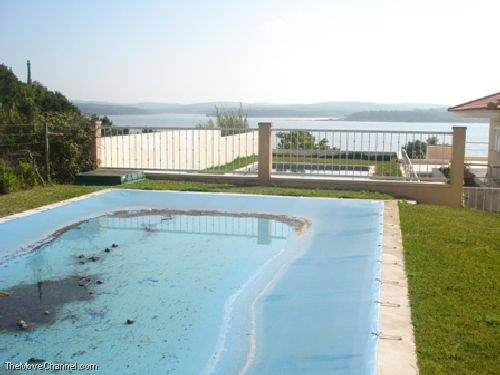 # 1351089 - £308,100 - 3 Bed House, Foz do Arelho, Leiria region, Portugal