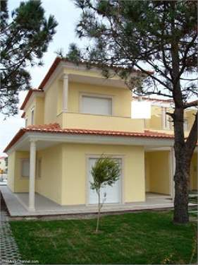 Portuguese Real Estate #1383884 - £239,940 - 4 Bed House