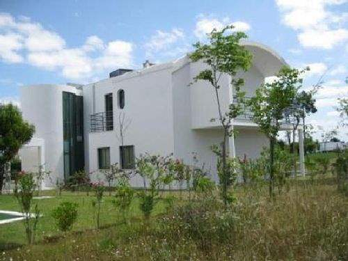 Portuguese Real Estate #2717220 - £360,495 - 3 Bed Villa
