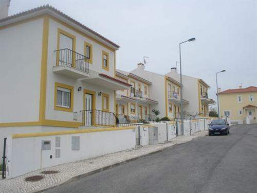 Portuguese Real Estate #2822534 - &pound;119,970 - 3 Bedroom Townhouse