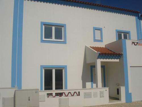 Portuguese Real Estate #2877478 - £203,949 - 3 Bed Townhouse