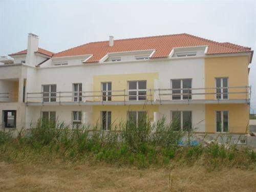 Portuguese Real Estate #5035307 - £143,964 - 3 Bed Condo