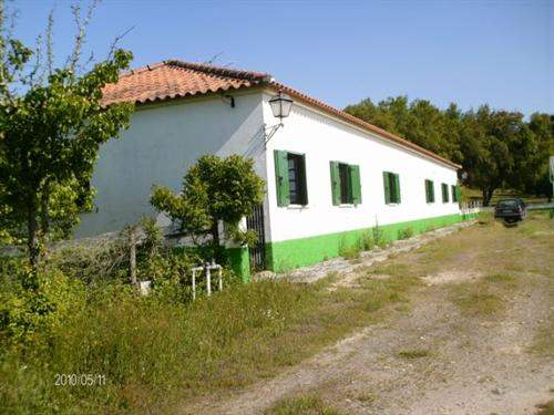 # 5041489 - £464,425 - 6 Bed Farmhouse, Coruche, Coruche, Santarem, Portugal