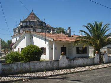 Portuguese Real Estate #5899831 - £106,373 - 3 Bedroom Cottage