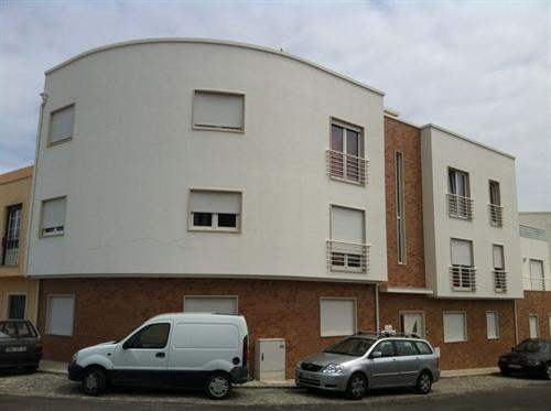 Portuguese Real Estate #6114647 - £78,380 - 1 Bedroom Flat