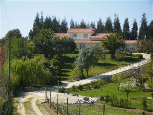 Portuguese Real Estate #6600317 - £249,828 - 4 Bed Villa