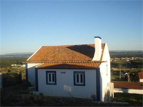 # 6827200 - £154,460 - 3 Bed Villa, Foz do Arelho, Leiria region, Portugal
