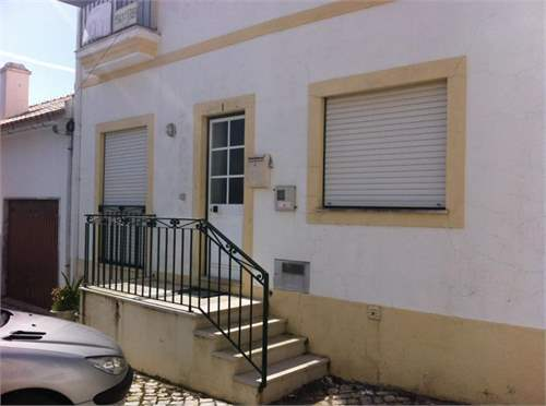# 7294845 - £63,370 - 1 Bed Flat, Foz do Arelho, Leiria region, Portugal