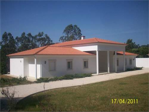 # 8134553 - £321,525 - 4 Bed Farmhouse, Alcobaca, Alcobaca, Leiria, Portugal