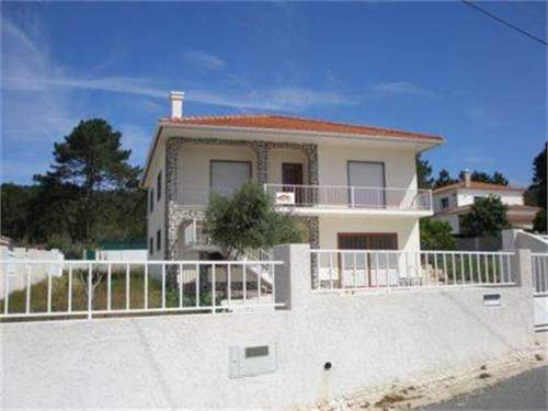 # 8901786 - £130,700 - 3 Bed Villa, Foz do Arelho, Leiria region, Portugal