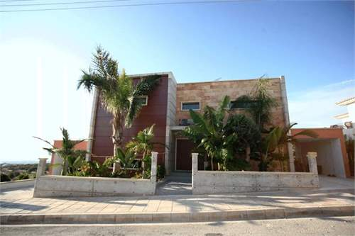 Property ID: 28409615 - Click to View More Information