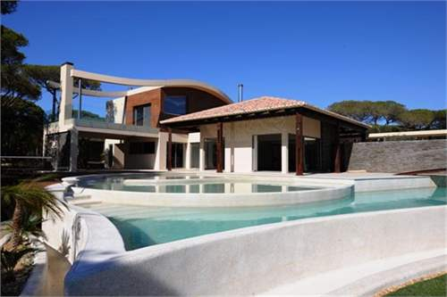 # 9488275 - £2,115,875 - 4 Bed Villa, Vilamoura, Faro region, Portugal