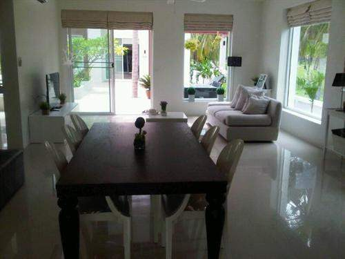 # 4391970 - From £38,995 to £117,740 - 1 - 2  Bed New Development, Ban Sam Roi Yot, Prachuap Khiri Khan, Thailand