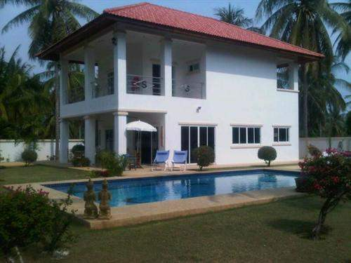 Thai Real Estate #5309382 - £187,800 - 3 Bed Villa