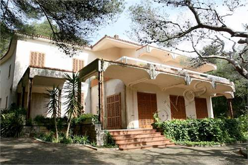 # 11553255 - £953,940 - 6 Bed Villa, Nardo, Lecce, Puglia, Italy