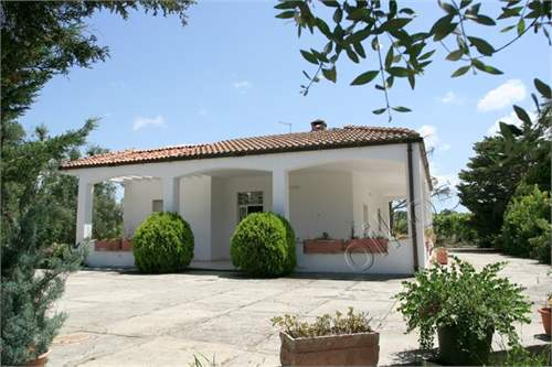# 11836221 - £147,038 - 3 Bed Villa, Oria, Brindisi, Puglia, Italy