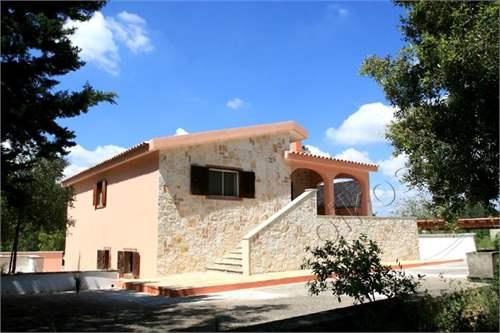 # 12227844 - £143,064 - 4 Bed Villa, Martina Franca, Taranto, Puglia, Italy
