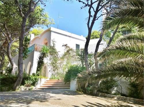 # 12885422 - £1,422,000 - 8 Bed Villa, Nardo, Lecce, Puglia, Italy