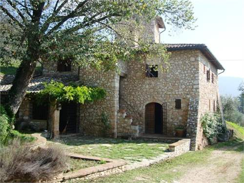 # 11736052 - £478,560 - 2 Bed Farmhouse, Assisi, Perugia, Umbria, Italy