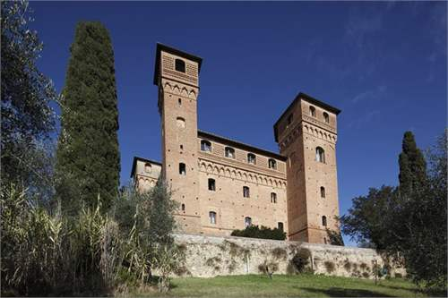 # 11750292 - £14,284,800 - 8 Bed Castle, Siena, Province of Siena, Tuscany, Italy