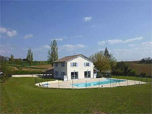 # 11509167 - £218,700 - 4 Bed House, Labretonie, Lot-et-Garonne, Aquitaine, France