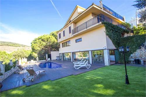 Property ID: 22173976 - Click to View More Information