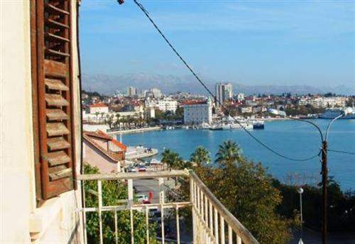# 5378066 - £961,560 - 9 Bed Townhouse, Split, Split-Dalmatia, Croatia