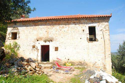 Greek Real Estate #3831915 - &pound;85,323 - Cottage