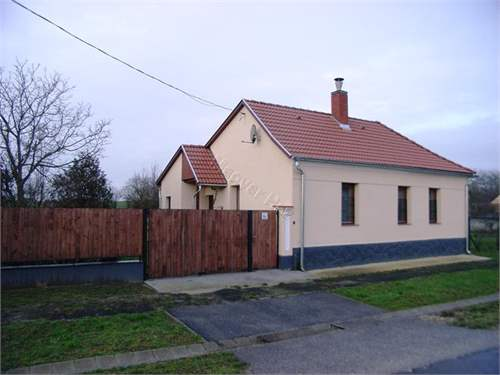 # 10022928 - £22,950 - 2 Bed House, Borgata, Vas, Hungary