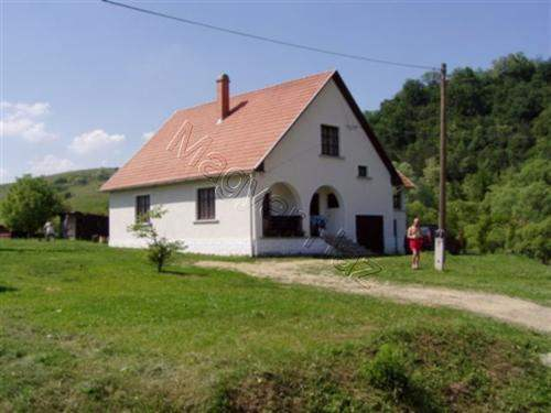 Hungarian Real Estate #3690573 - £29,680 - House