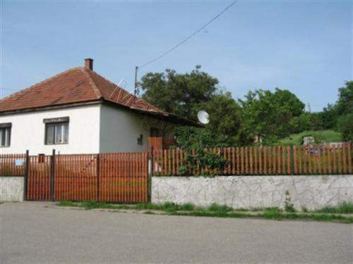 Hungarian Real Estate #3690576 - £18,990 - 2 Bed Bungalow