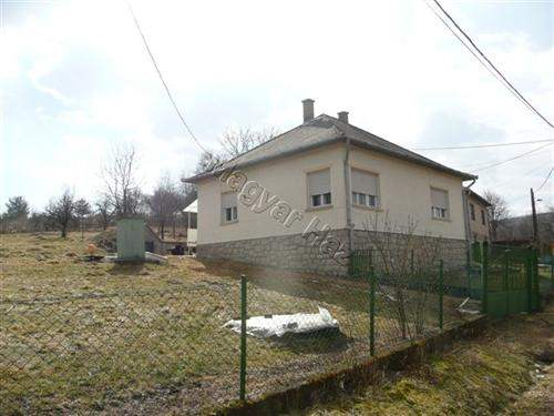 Hungarian Real Estate #3989549 - £20,020 - House