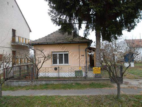 Hungarian Real Estate #5144040 - £14,910 - House
