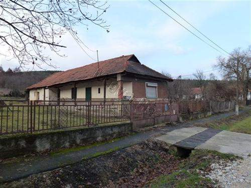 Hungarian Real Estate #5237209 - £3,375 - House